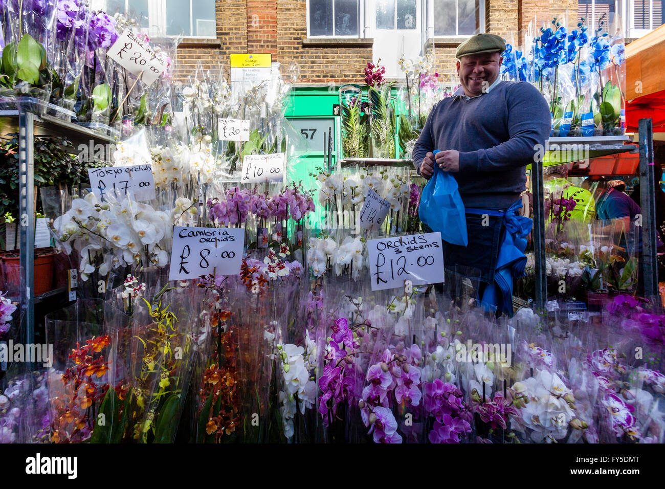Man Sells Flowers High Resolution Stock Photography And Images Alamy
