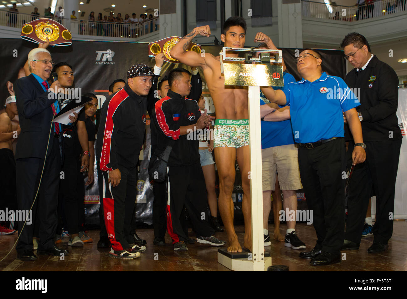 22/4/2016 Ayala Centre,Cebu City,Philippines.Weigh-in for the WBO World Jr,Featherweight Championship fight between - Stock Image