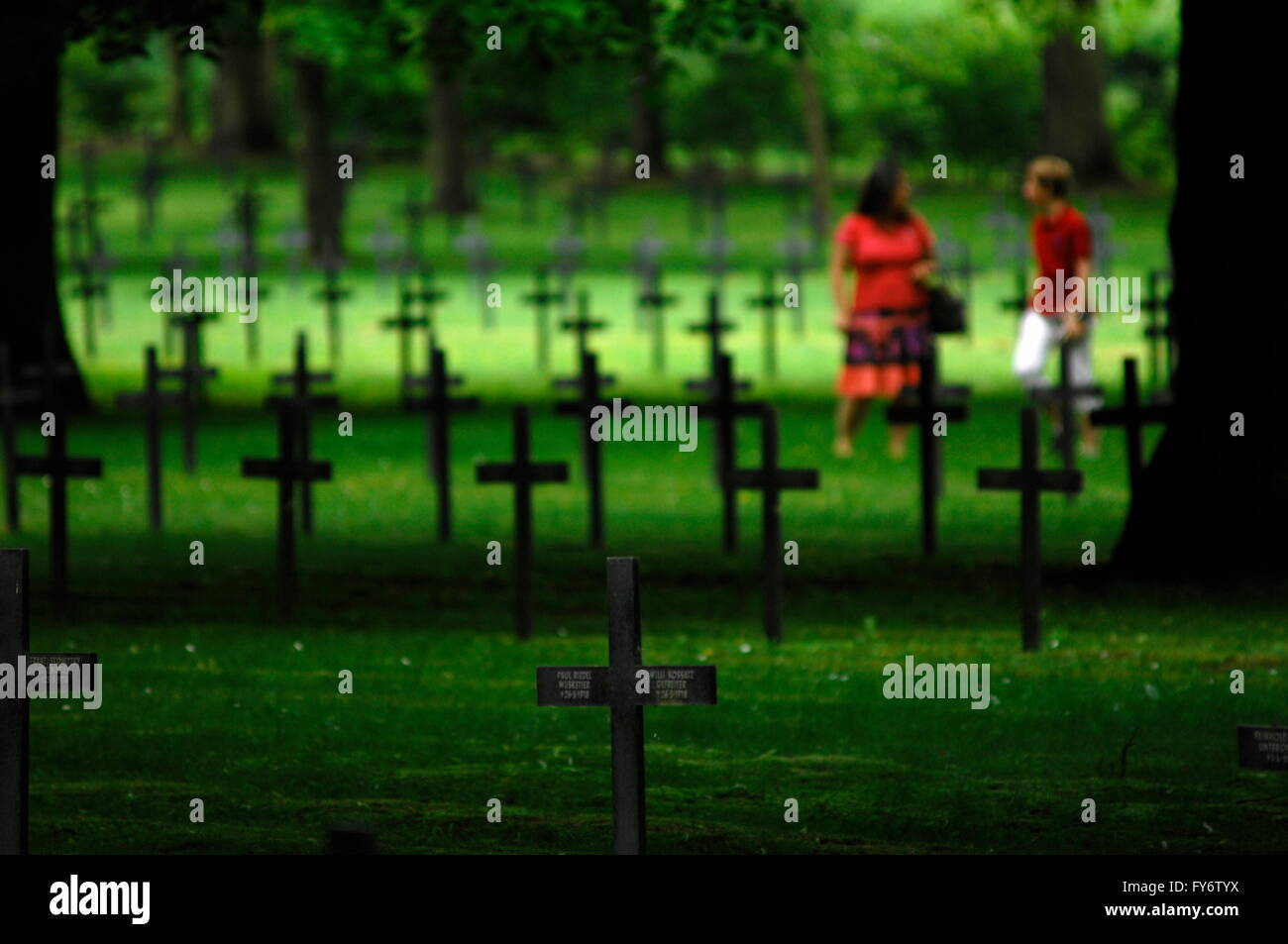 AJAXNETPHOTO. 2012. SAINT QUENTIN, FRANCE. - GERMAN MILITARY CEMETERY - VISITING THE SOLDATENFRIEDHOF - MILITARY - Stock Image