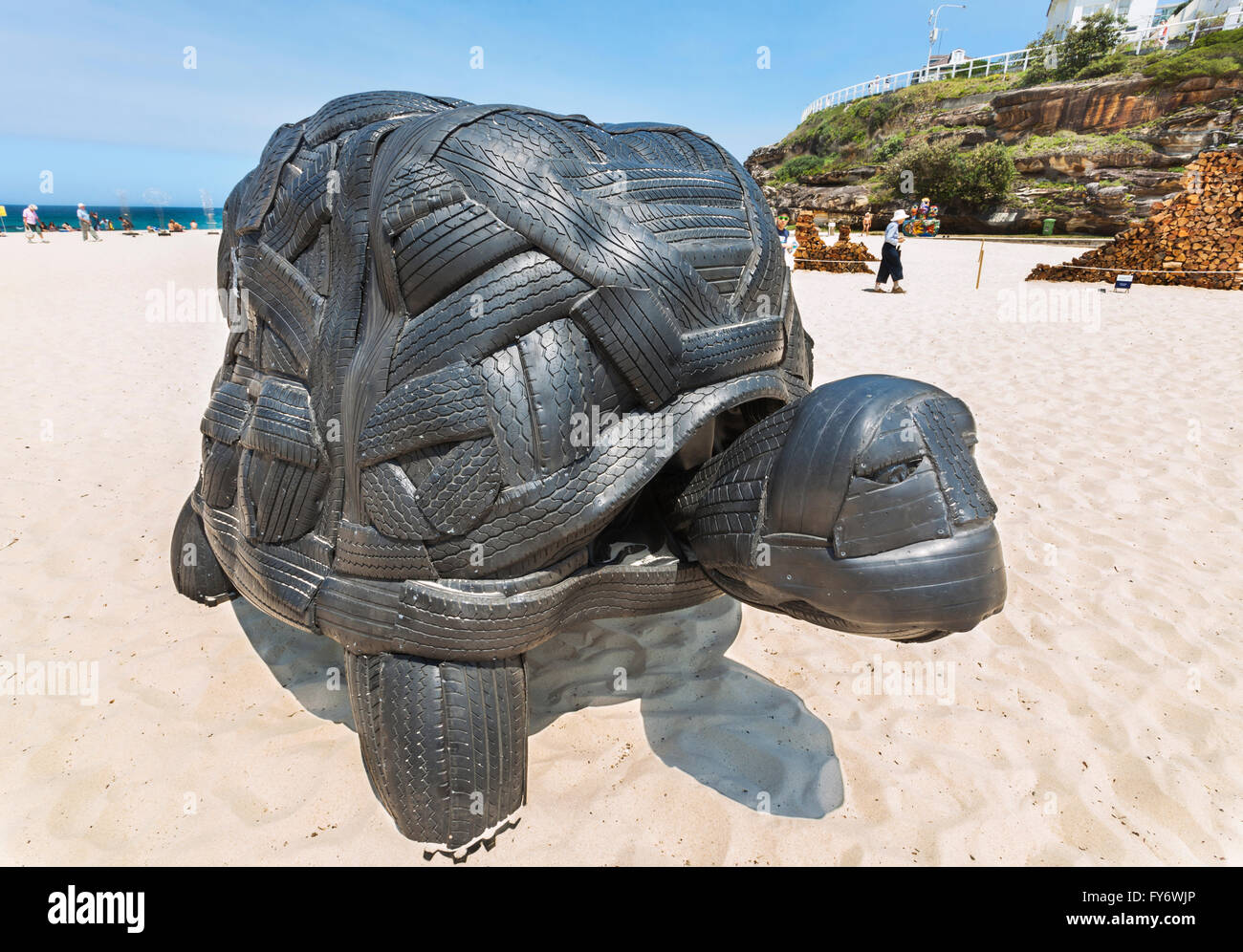 Australia, New South Wales, Sydney, Tamarama Beach, Sculpture by the Sea 2011, annual open air art exhibition. - Stock Image