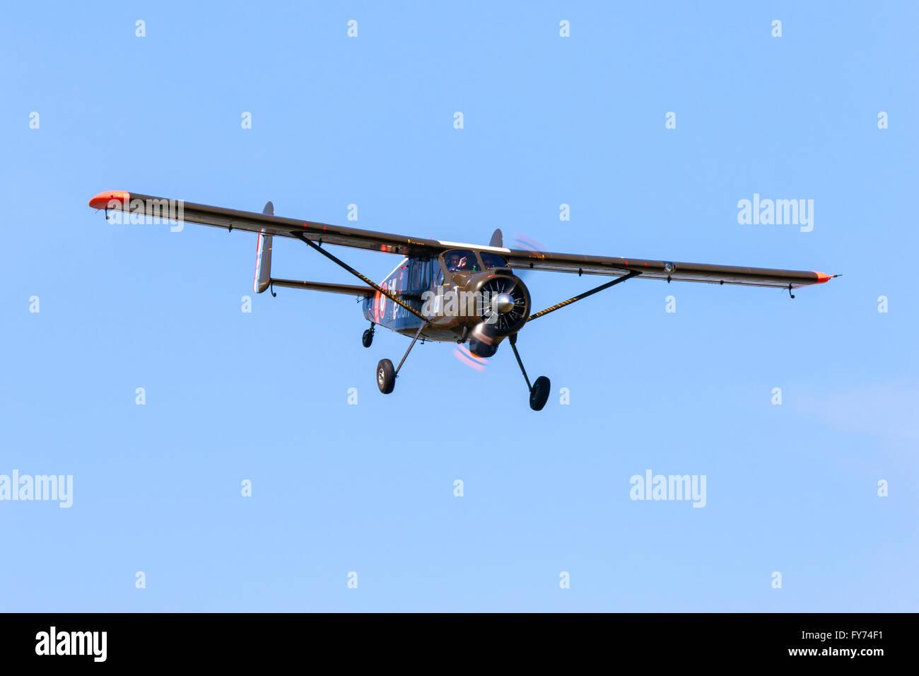 la moitié 4745c 956aa Avions Max Holste MH 151 M 5-ML G-CIGH Broussard in flight ...
