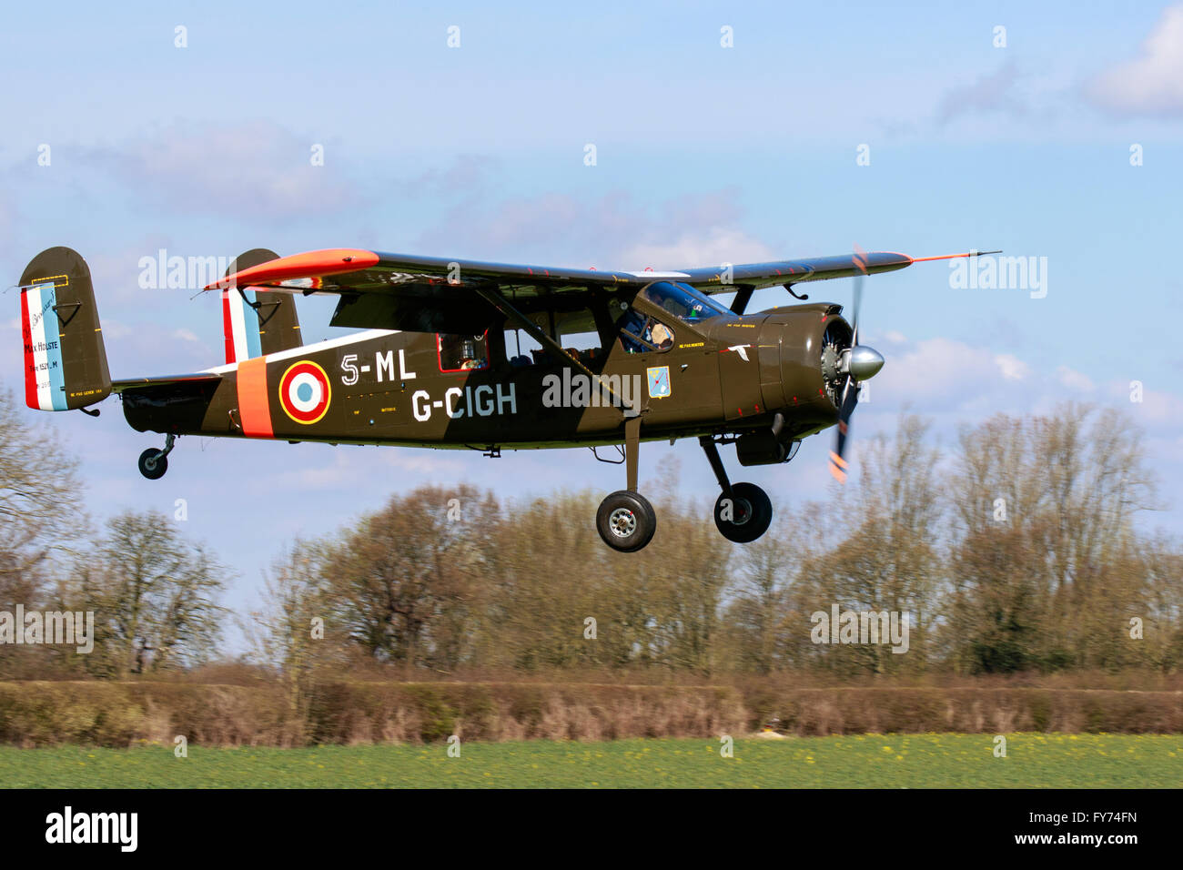 la meilleure attitude 7c4ea 858f4 Avions Max Holste MH 151 M 5-ML G-CIGH Broussard landing at ...