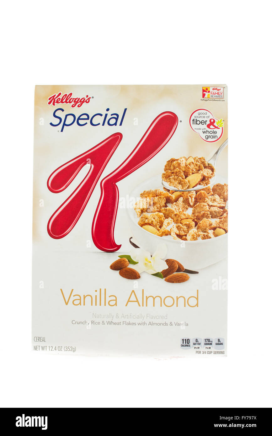 Winneconne, WI - 5  February 2015: Box of Kellogg's Special K Vanilla Almond cereal. Marketed as a low fat cereal. - Stock Image