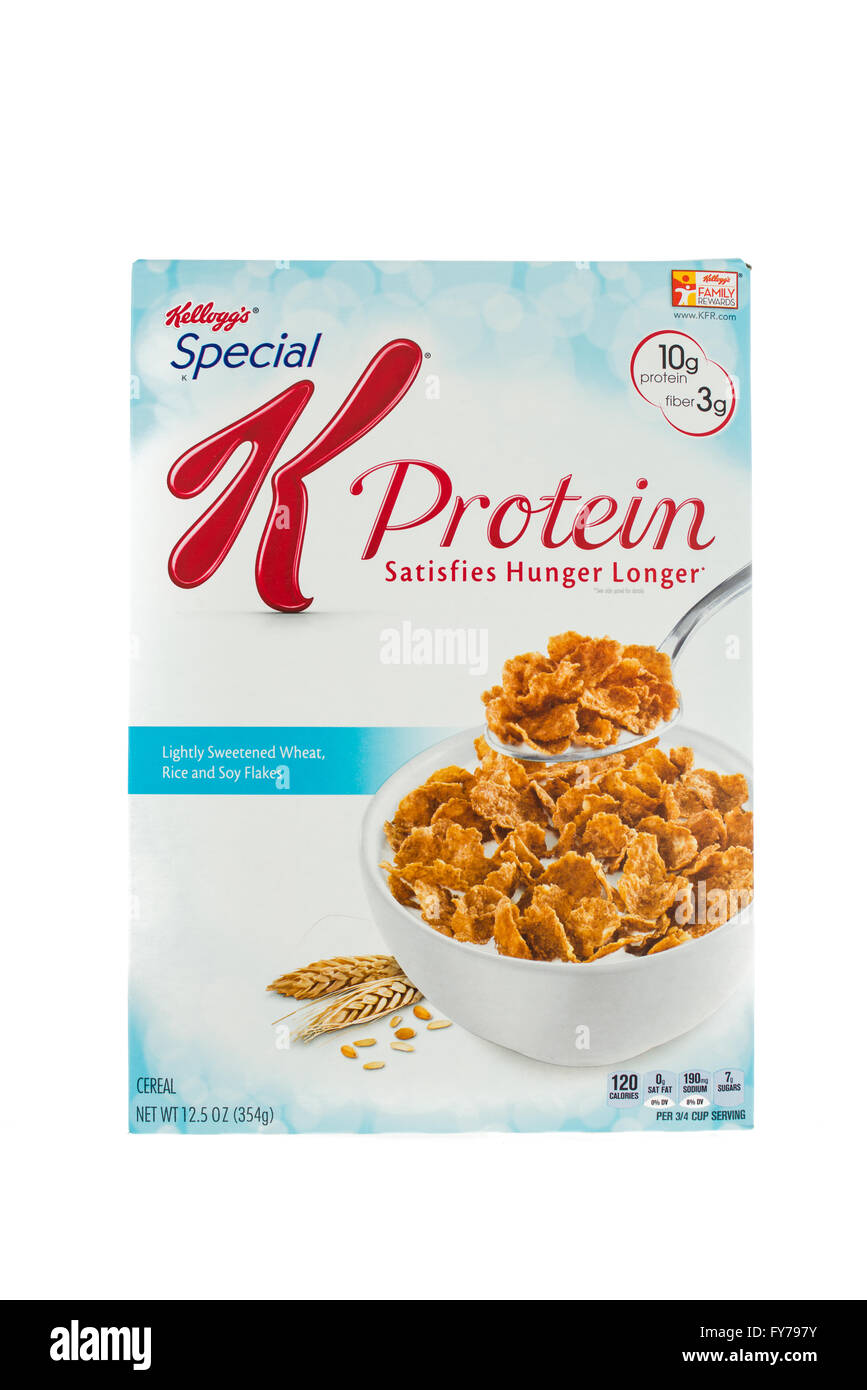 Winneconne, WI - 5  February 2015: Box of Kellogg's Special K Protein cereal. Marketed as a low fat cereal. - Stock Image