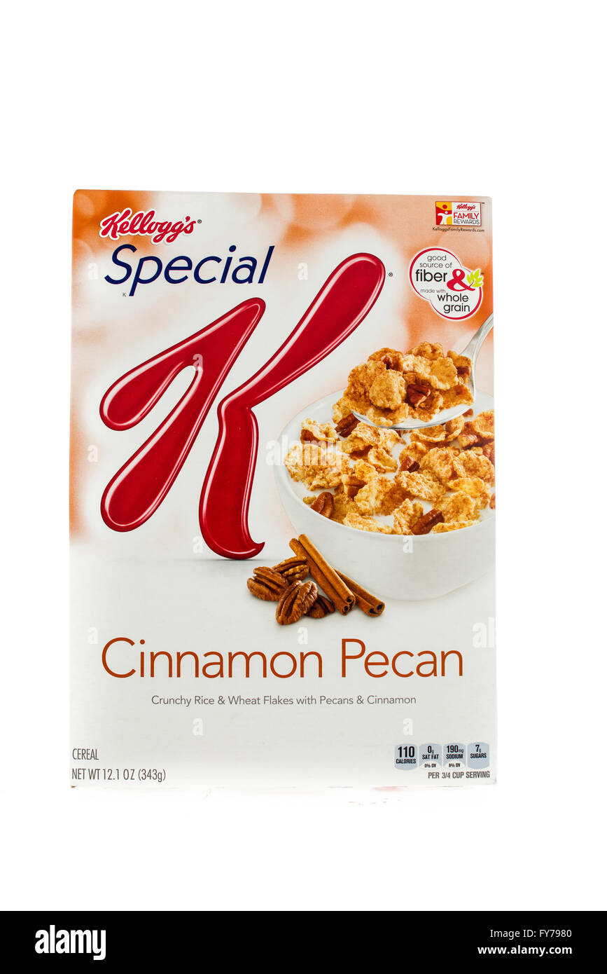Winneconne, WI - 5  February 2015: Box of Kellogg's Special K Cinnamon Pecan cereal. Marketed as a low fat cereal. - Stock Image
