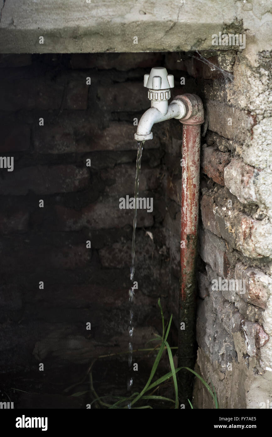 Leaky Faucet Stock Photos & Leaky Faucet Stock Images - Alamy