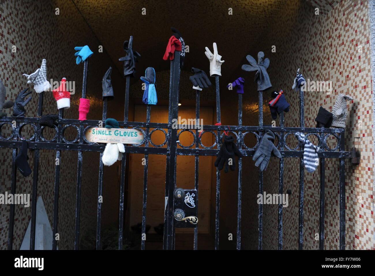 single handschoenen speed dating Reykjavik Wie is Gigi uit jerseylicious dating nu 2014