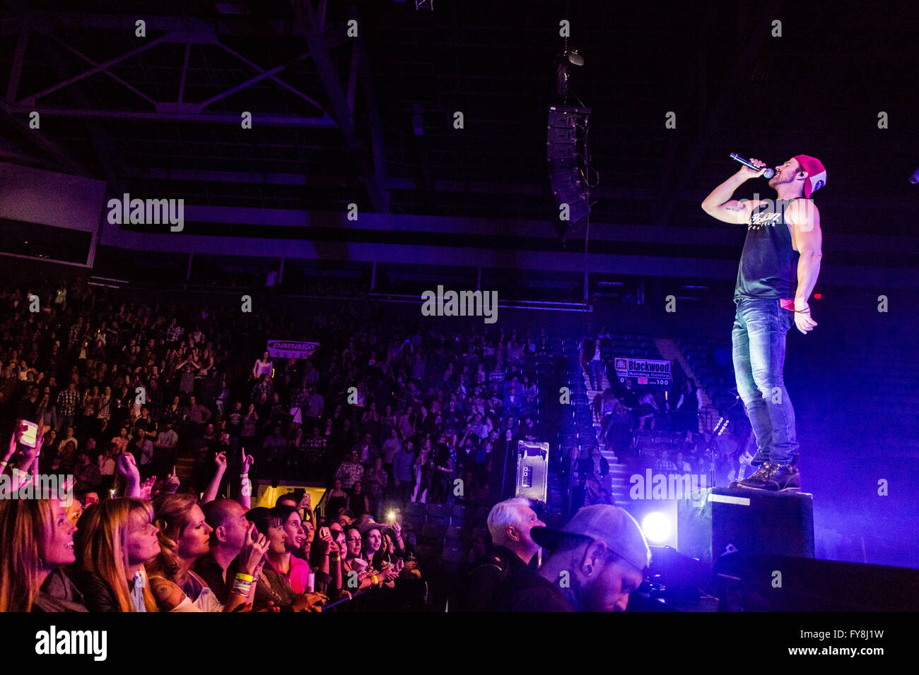 Kip Moore during his Wild Ones @ Abbotsford Centre in Abbotsford, BC on February 20th 2016 - Stock Image