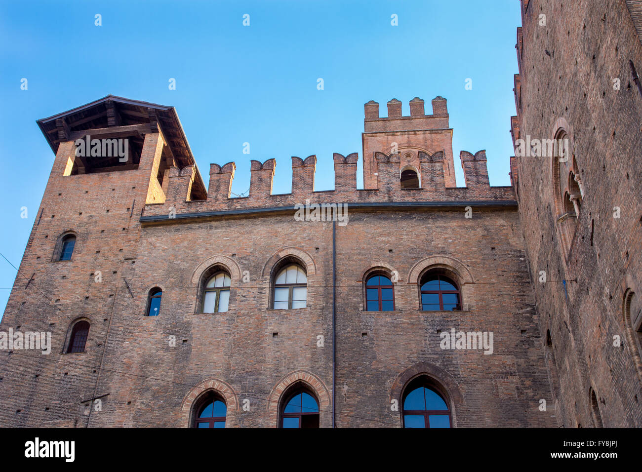 Palazzo Re Enzo in Piazza Maggiore, Bologna, Italy - Stock Image