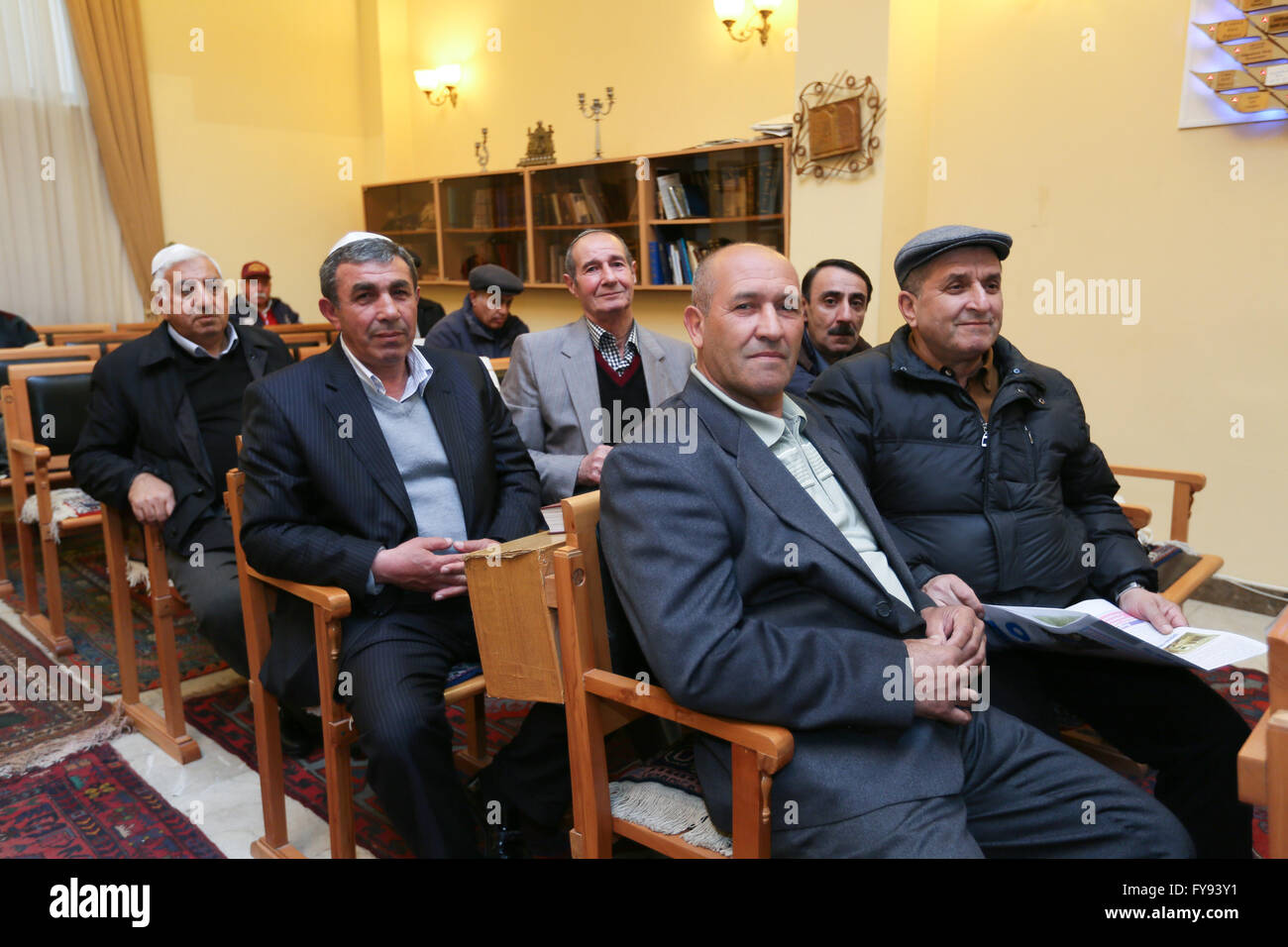 Baku, Azerbaijan. 22nd Apr, 2016. Members of the Mountain Jews gathering at a Synagogue. Mountain Jews speak their - Stock Image