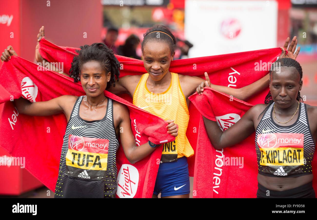 The Mall, London, UK. 24th April, 2016. 2016 Virgin London Marathon. Elite womens race winner Jemima Sumgong (KEN) Stock Photo