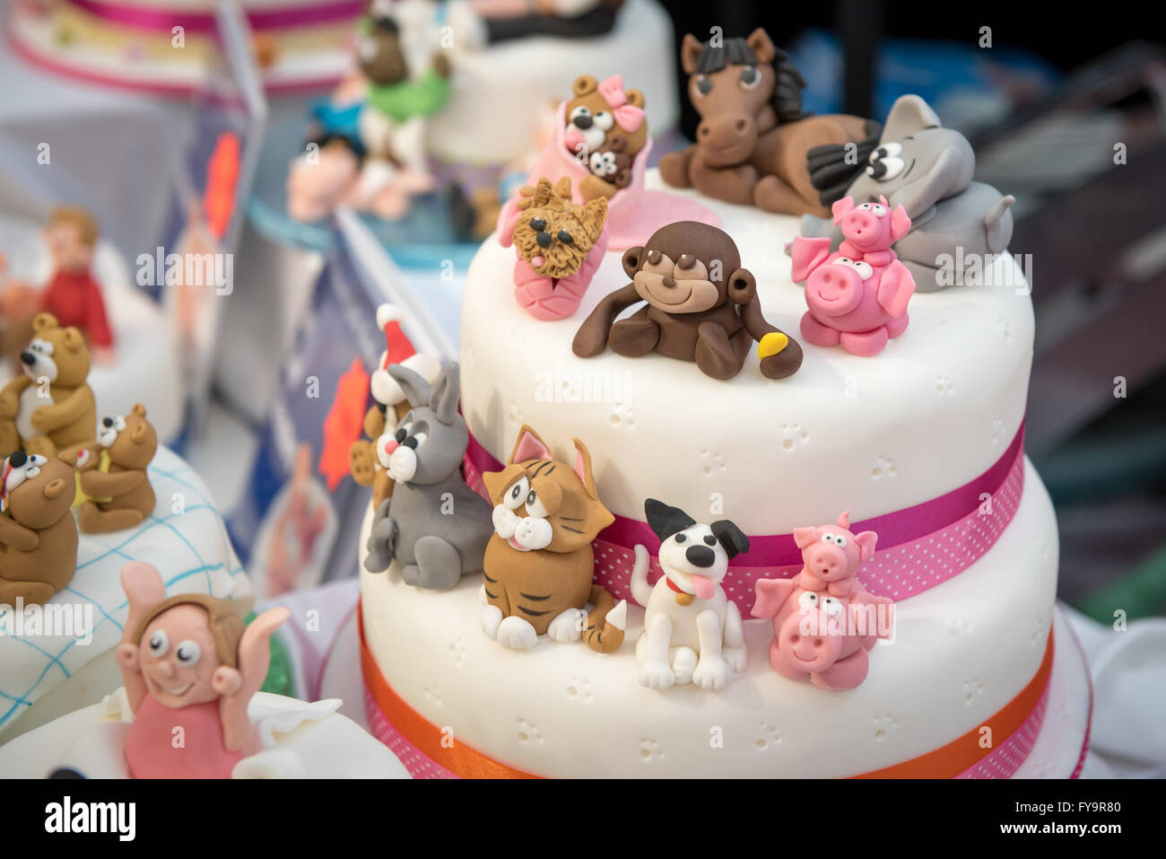 Animal shape birthday cakes decorations Cake International The