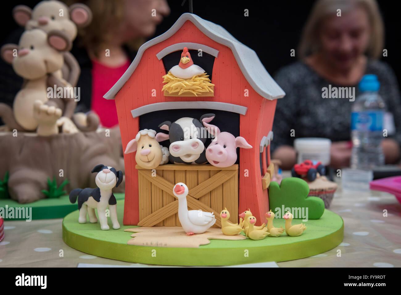 Strange Animal Farm Birthday Cake At Cake International The Sugarcraft Funny Birthday Cards Online Unhofree Goldxyz