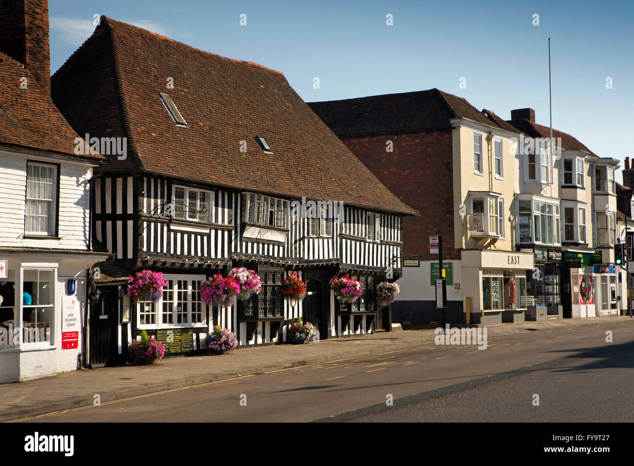 UK, Kent, Tenterden, High Street, Wealden Hall House, half timbered Great Hall - Stock Image