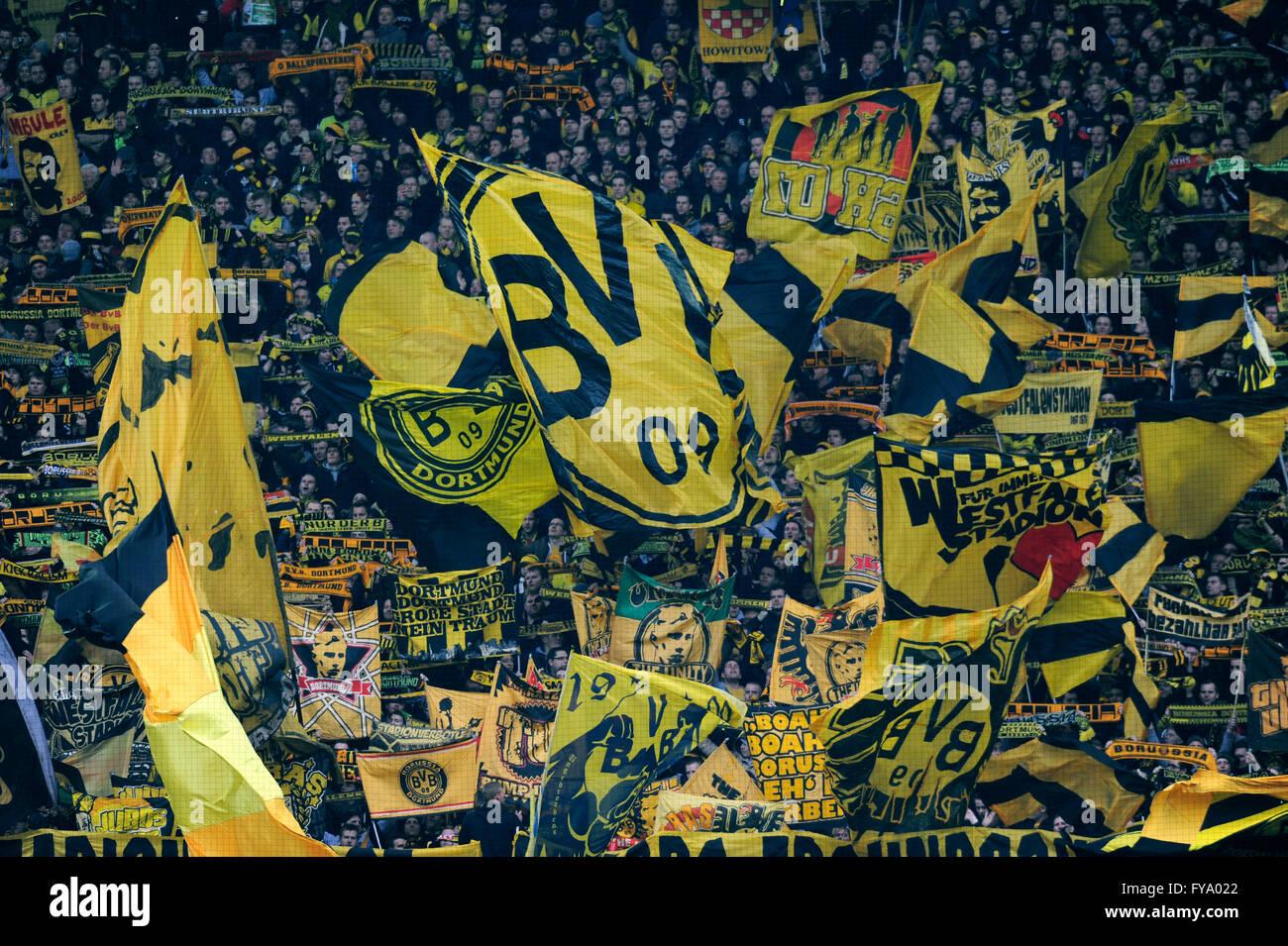 Borussia Dortmund Football Club Logo High Resolution Stock Photography And Images Alamy