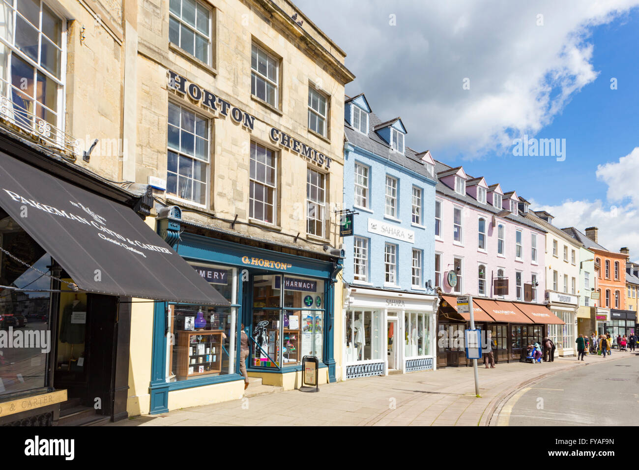 Attractive shops in the Cotswold town of Cirencester, Gloucestershire England, UK - Stock Image