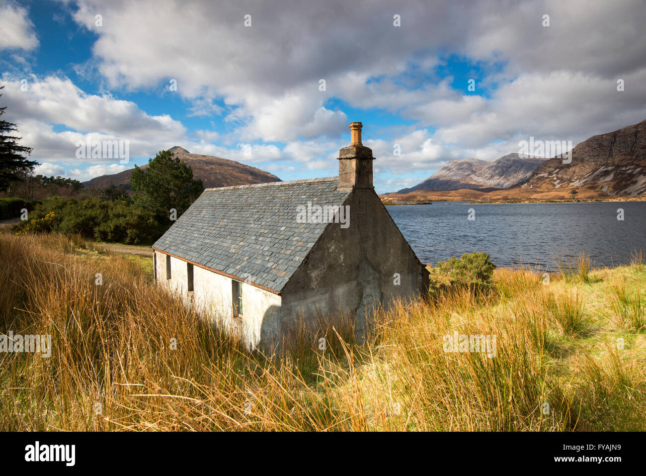 Abandoned crofters cottage by Loch More, Sutherland Scotland UK - Stock Image