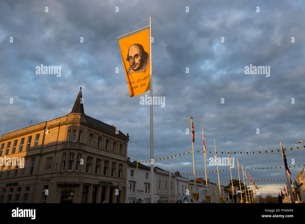 A flag showing Shakespeare's face flies over the centre of Stratford-upon-Avon to commemorate the 400th anniversary - Stock Image
