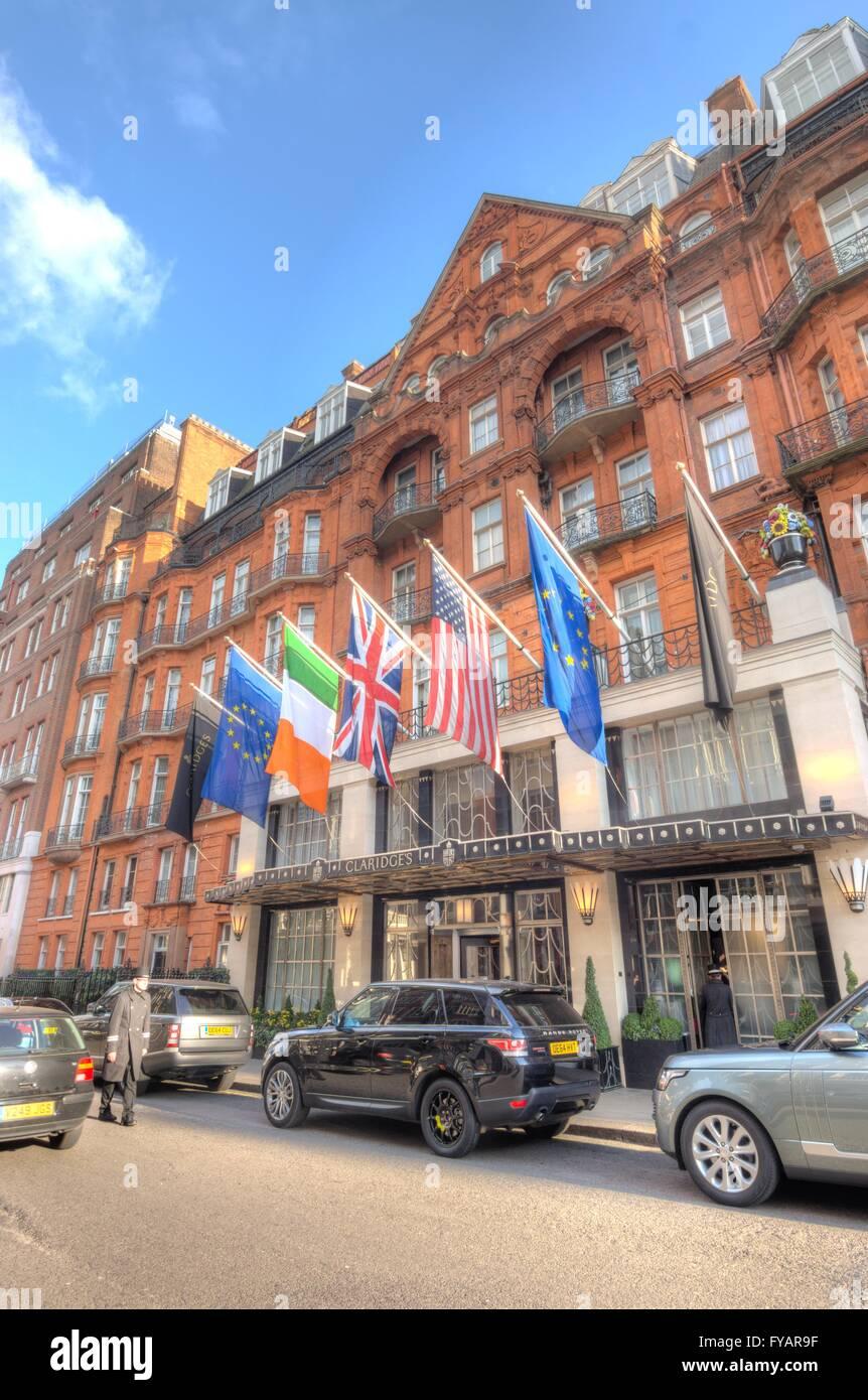 Claridge's 5 star hotel in Mayfair. - Stock Image