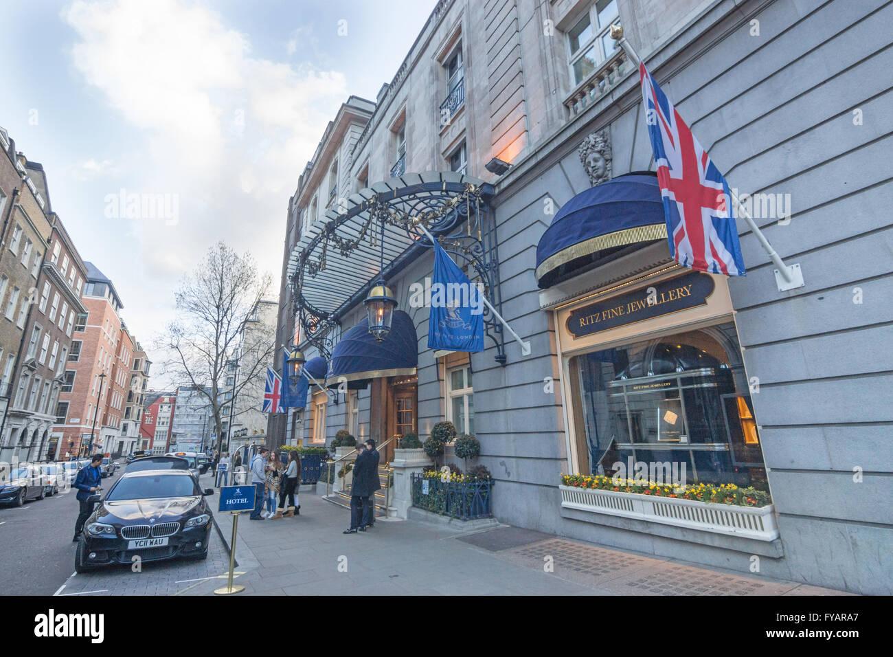 Ritz Hotel  London.  5 start hotel - Stock Image