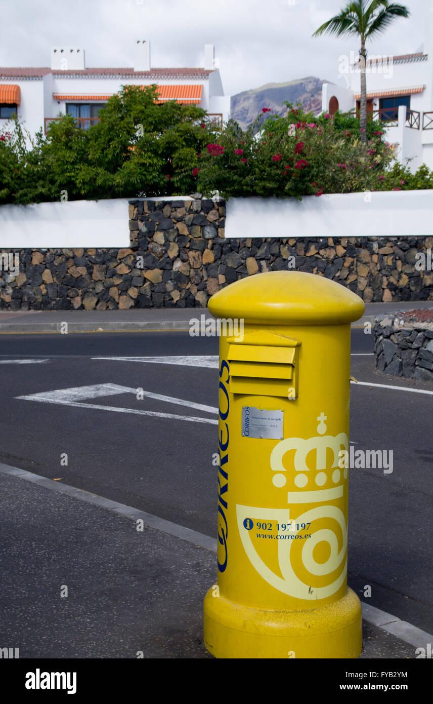 Correos Spanish Post box, Tenerife, Canary Islands, Spain. - Stock Image