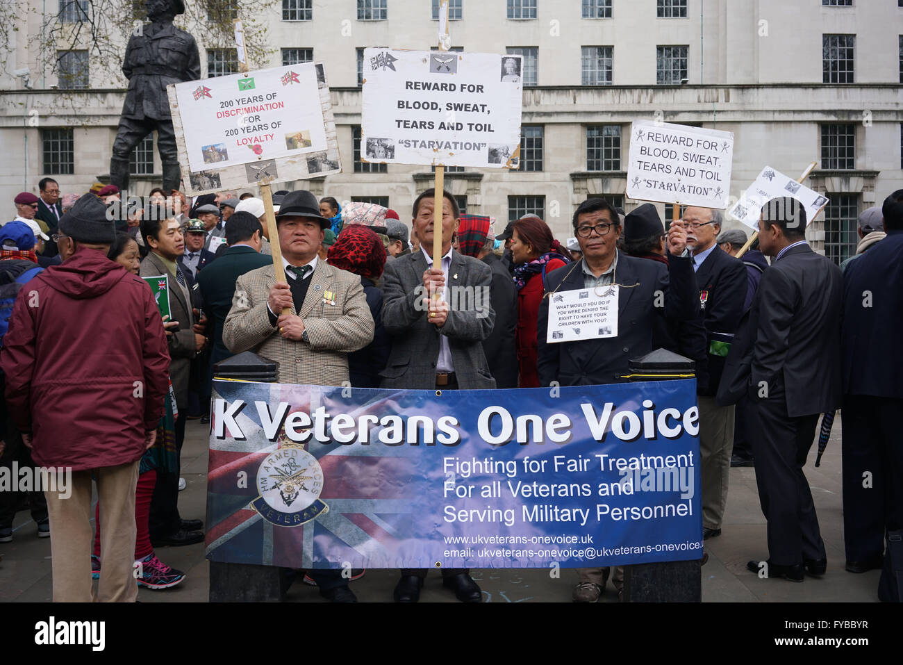 London,England,UK : Hundreds of Gurkha veterans family and