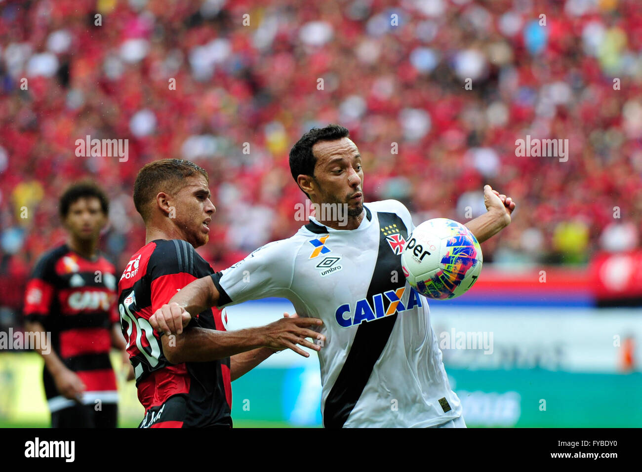 MANAUS, AM - 04/24/2016: FLAMINGO X VASCO - Dispute ball during Flamengo x Vasco held at the Arena da Amaz?nia. - Stock Image