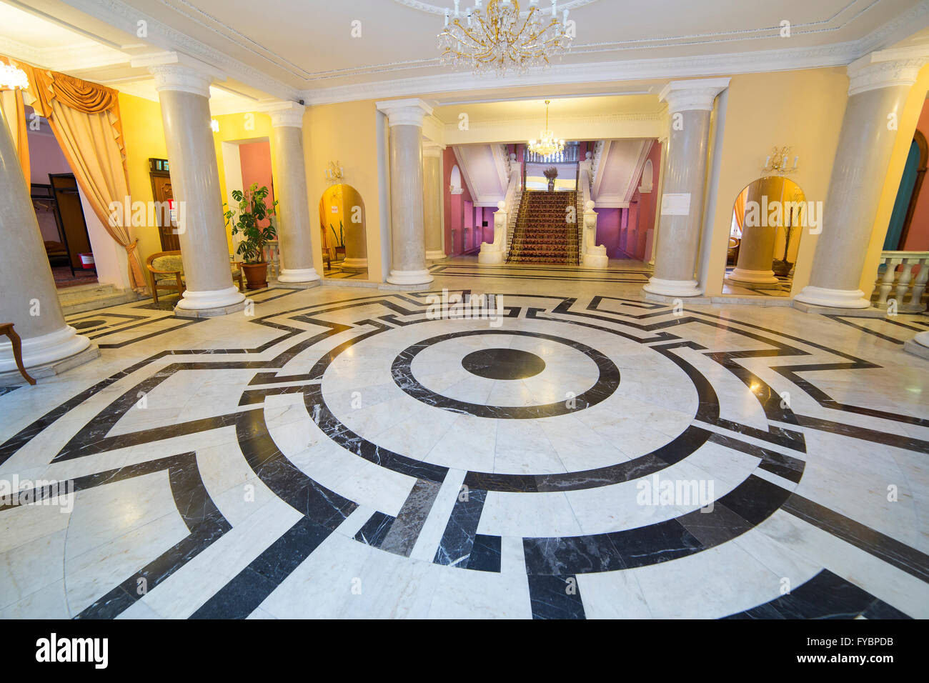 Luxury Classic Round Hall With Columns Marble Staircase