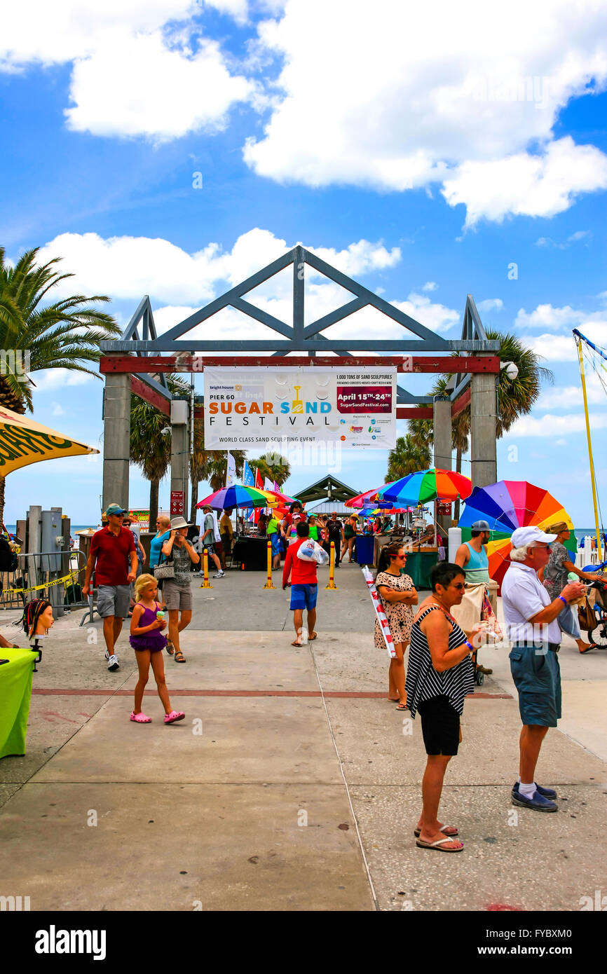 People On The Boardwalk At The Entrance To The Clearwater Beach Pier Stock Photo 102909968 Alamy