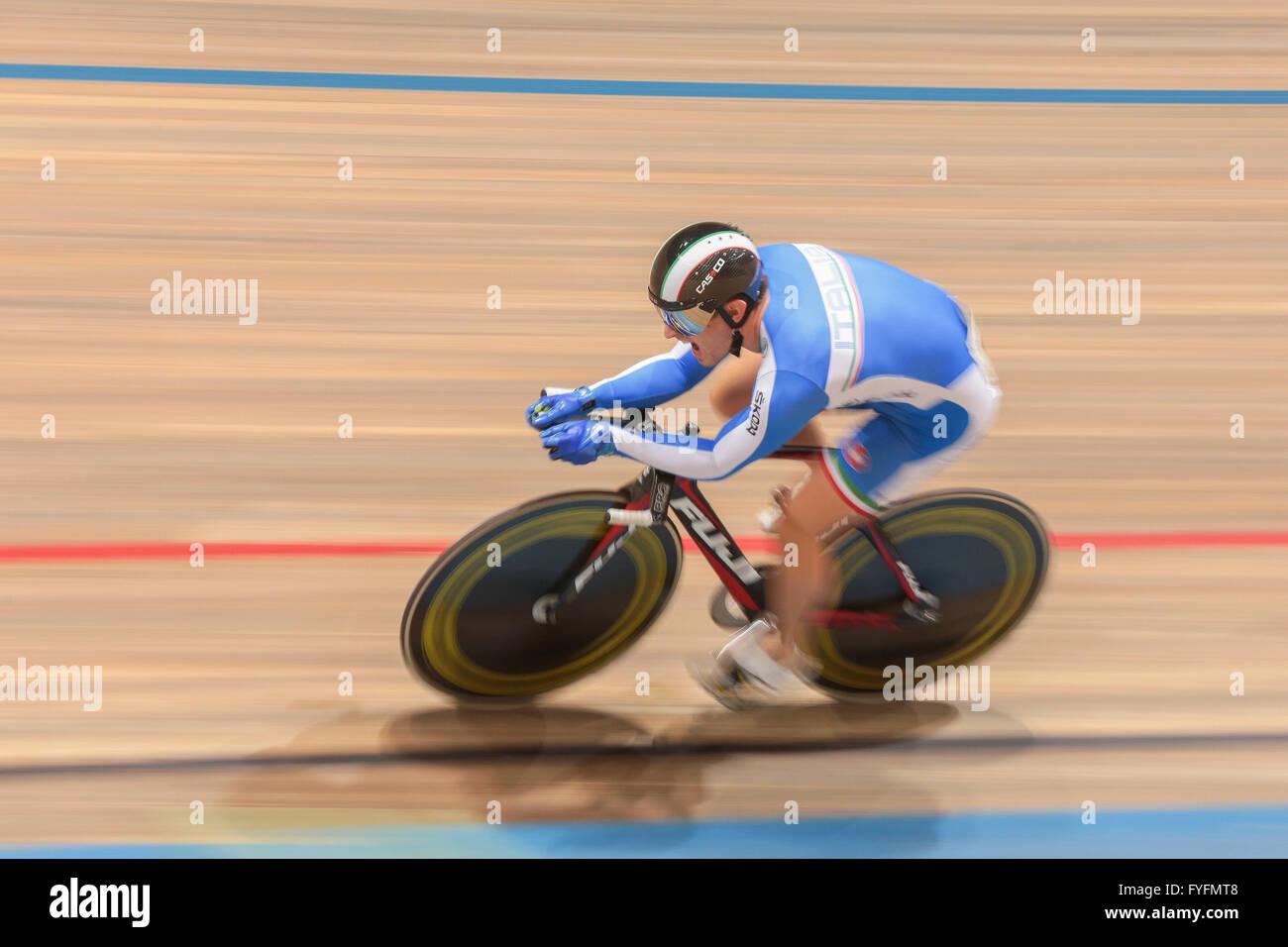 Francesco Ceci, Italy, wins the men's elite kilometre time trial finals at the GP Vienna 2013, Ferry-Dusika - Stock Image
