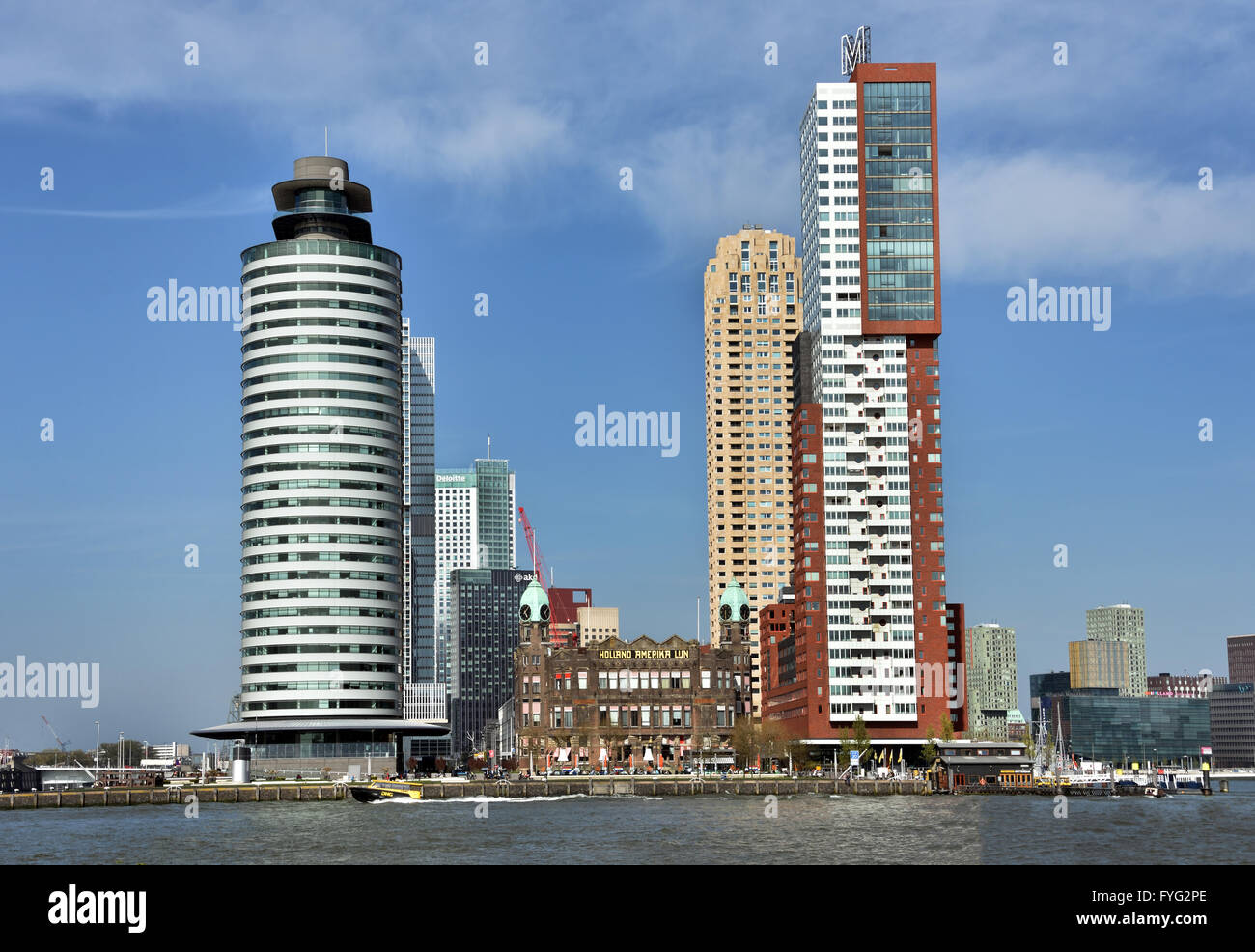 World Port Center ( Kop van Zuid ) Montevideo hotel New York Rotterdam Netherlands Dutch ( New Maas River Erasmus - Stock Image