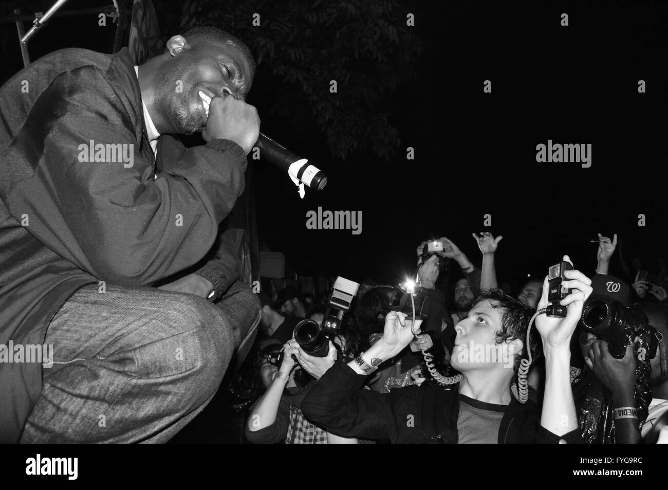 GZA performing in front of a huge crowd at Fun Fun Fun Fest in Austin, TX (2008). - Stock Image