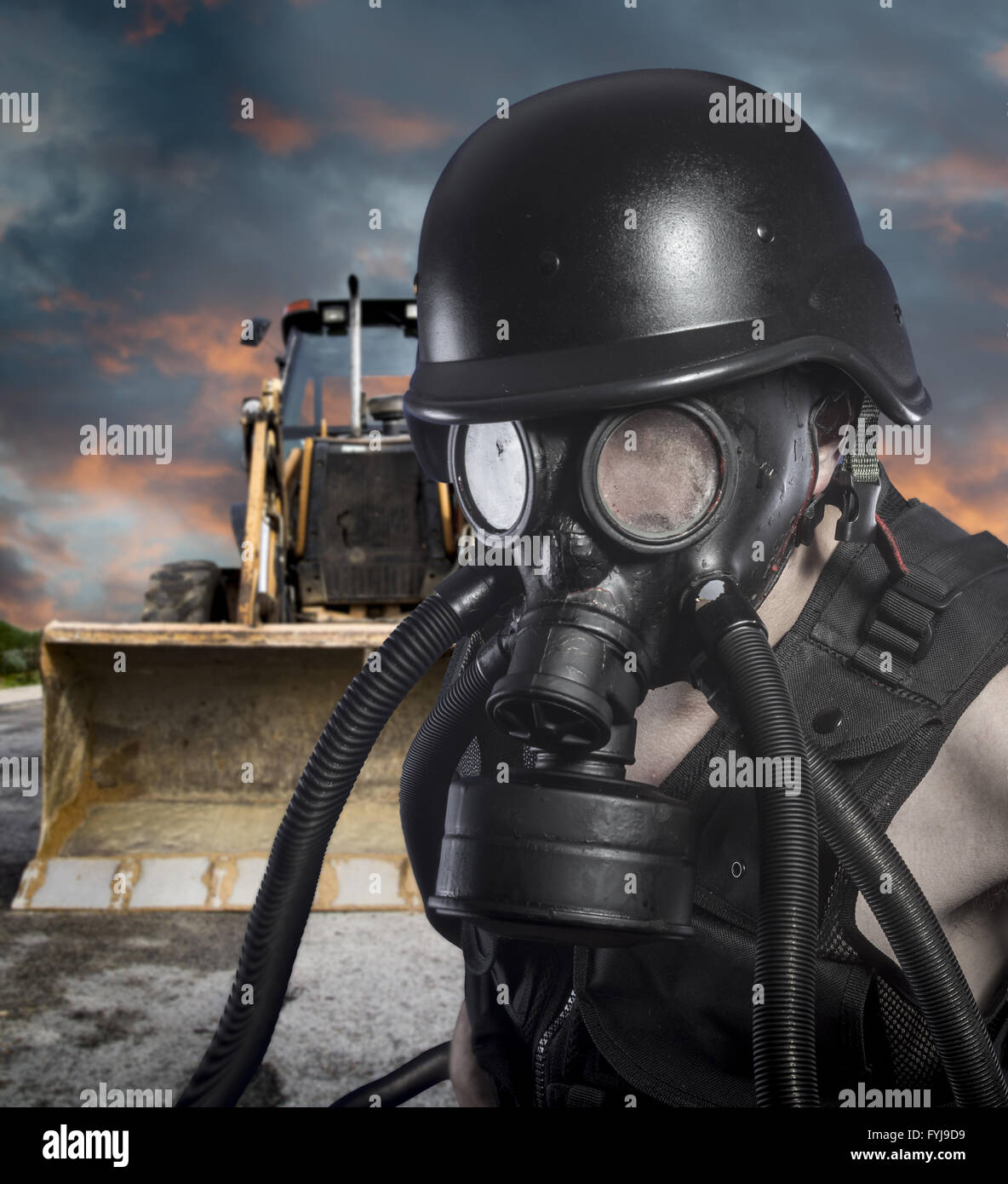 Pollution.Environmental disaster. Post apocalyptic survivor in gas mask - Stock Image