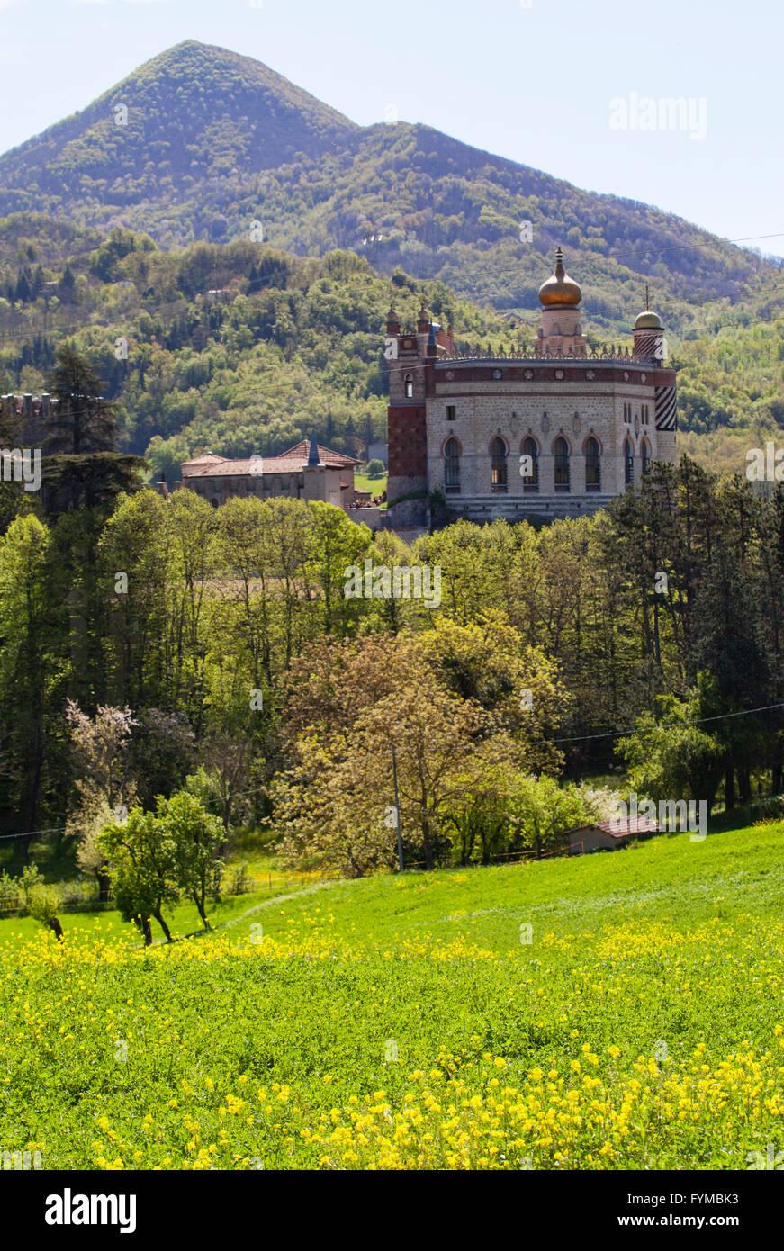 The landscape around Rocchetta Mattei. Grizzana Morandi, Bologna, Italy. - Stock Image