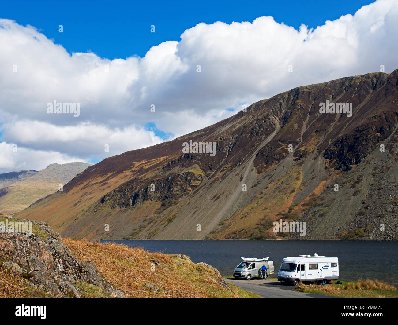 Motorhome and camper van parked on shore of Wastwater, Wasdale, Lake District National Park, Cumbria, England UK - Stock Image