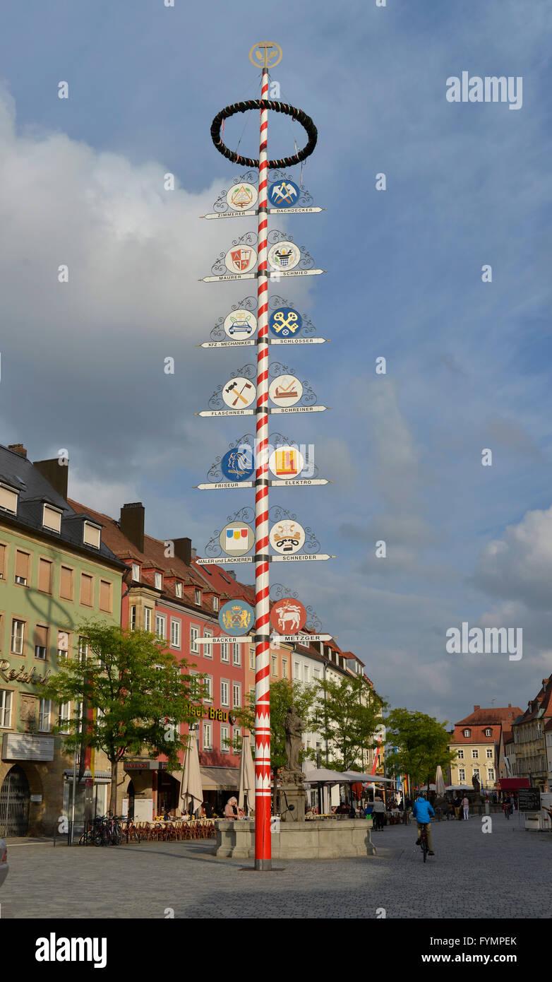 Maibaum, Maximilianstrasse, Bayreuth, Bayern, Deutschland - Stock Image