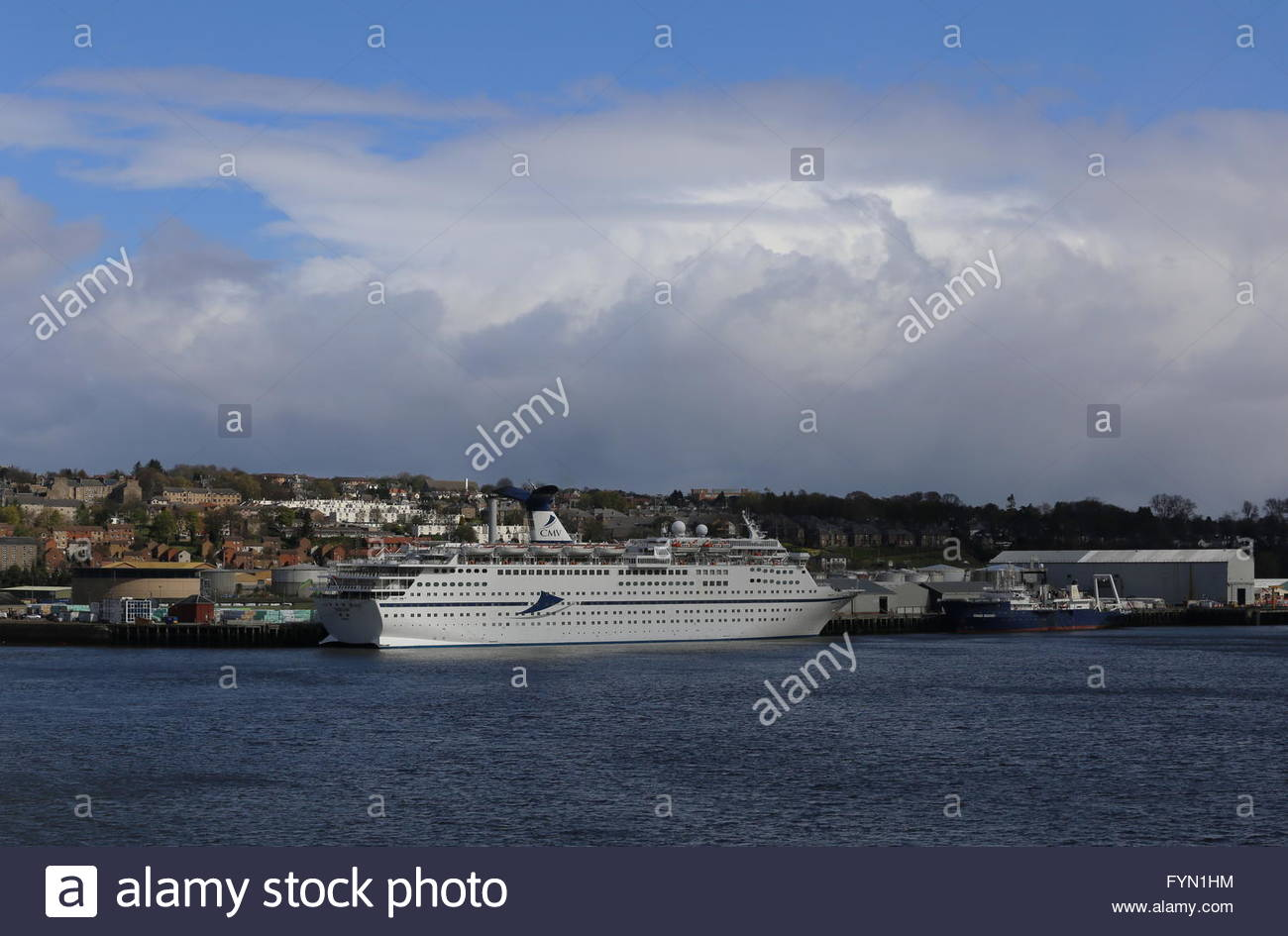 CMV cruise ship Magellan and Dundee waterfront Scotland  25th April 2016 - Stock Image