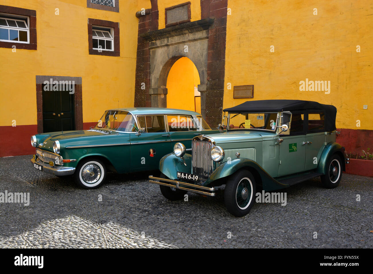 Old classic and vintage automobiles in the courtyard of the Fort of ...