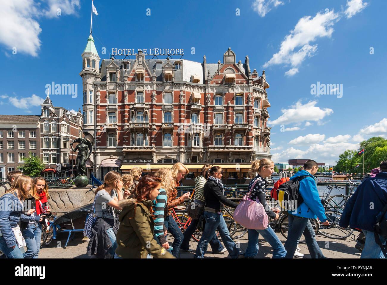 Amsterdam Hotel de l Europe school class Amsterdam, Netherlands - Stock Image