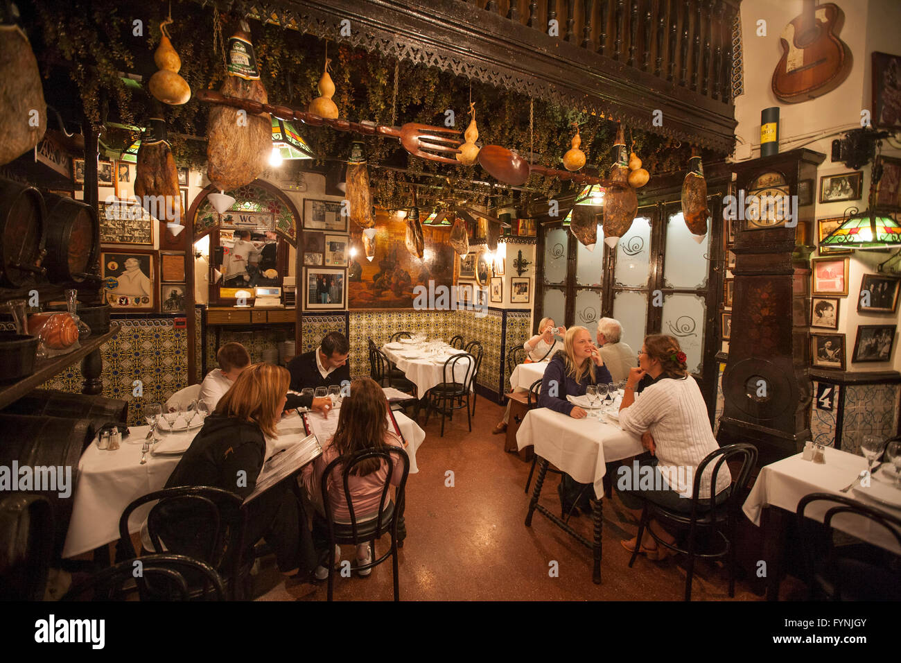 Barcelona Los Caracoles traditional Restaurant in historic center - Stock Image