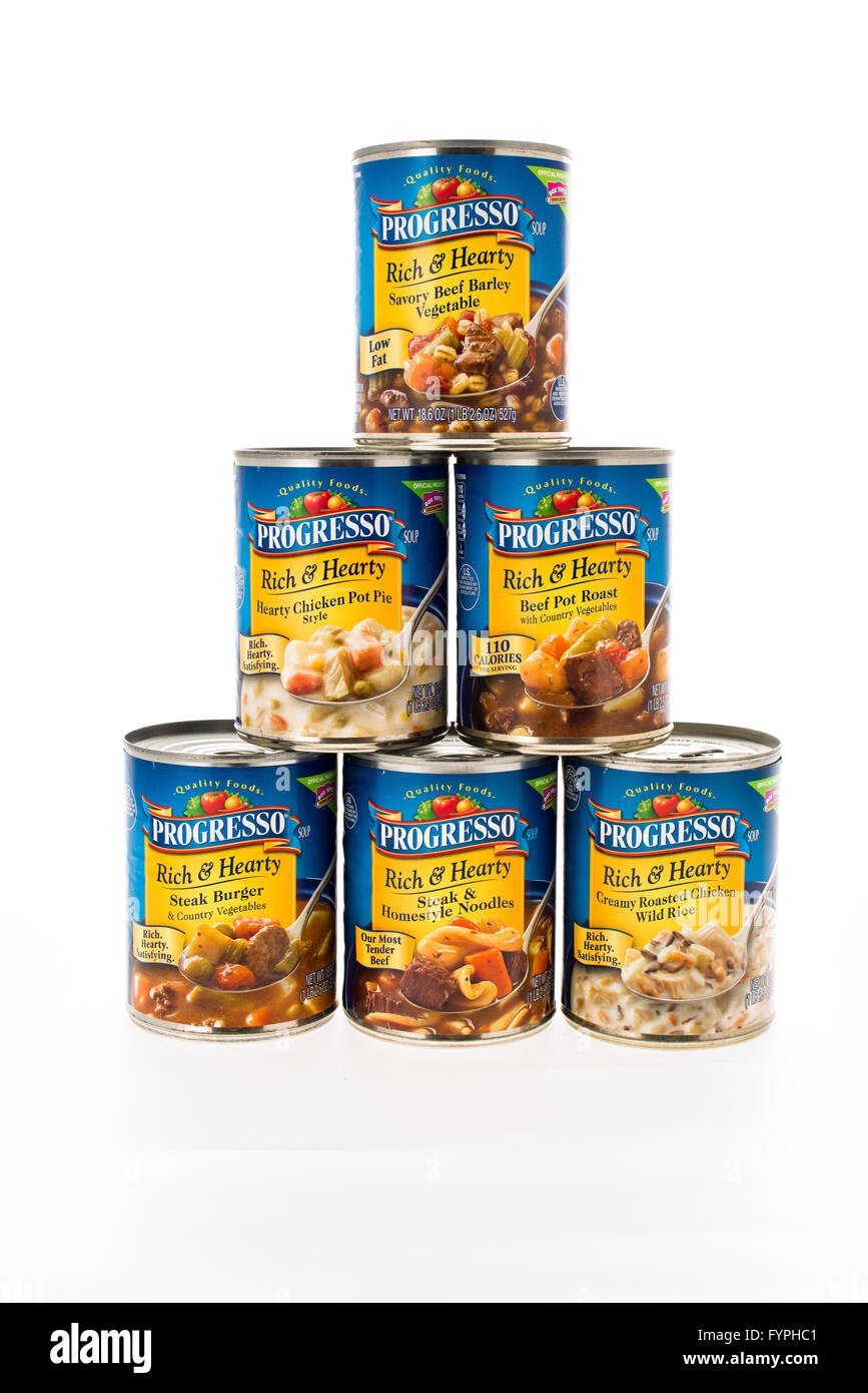Winneconne, WI - 8 February 2015: Cans of Progresso Rich & Hearty style soup in a pyramid shape. - Stock Image