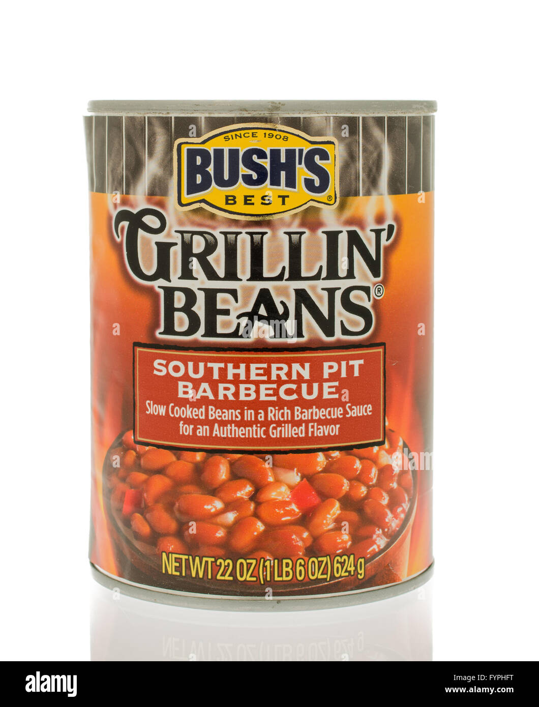 Winneconne, WI - 18 Nov 2015:  A can of Bush's grillin' beans in southern pit barbecue flavor. - Stock Image