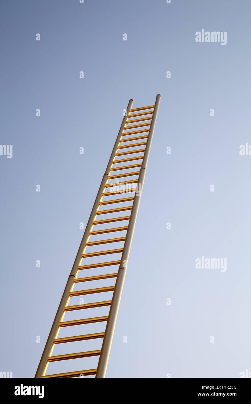 Golden Ladder, sculpture by Raimund Ritz and Johannes Brunner, Duisburg, Ruhr Area, North Rhine-Westphalia, Germany - Stock Image