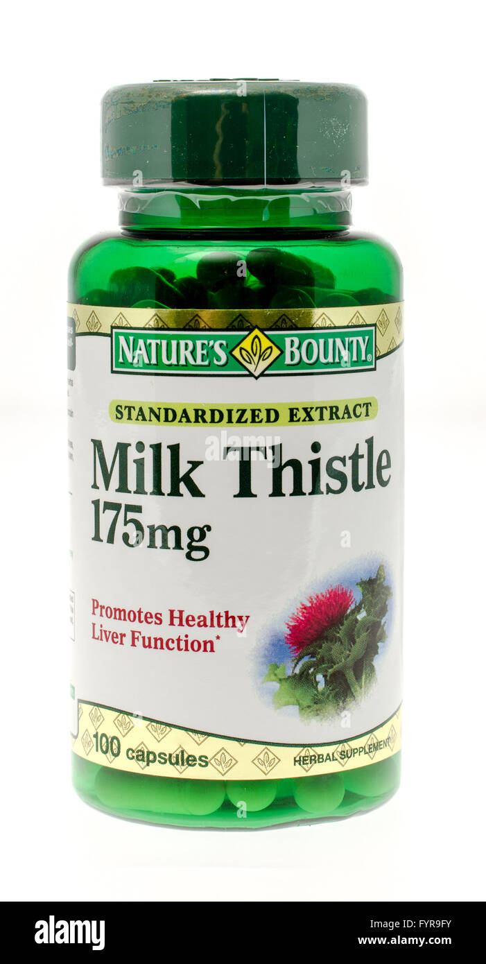 Winneconne, WI - 26 Nov 2015: Bottle of milk thistle  made by Nature's Bounty. - Stock Image
