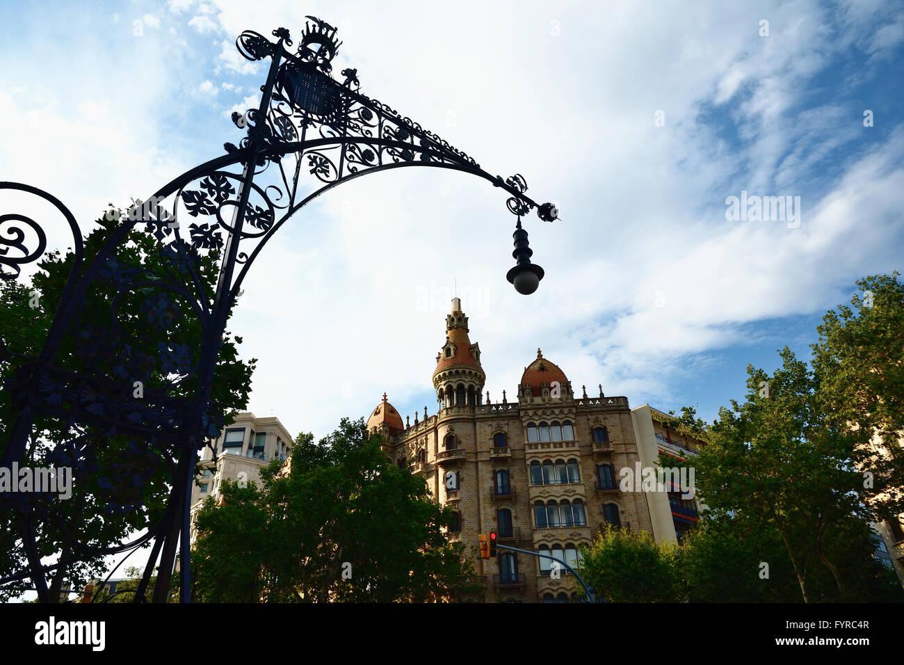 Millora de l'il·luminació exterior a la ciutat de Barcelona