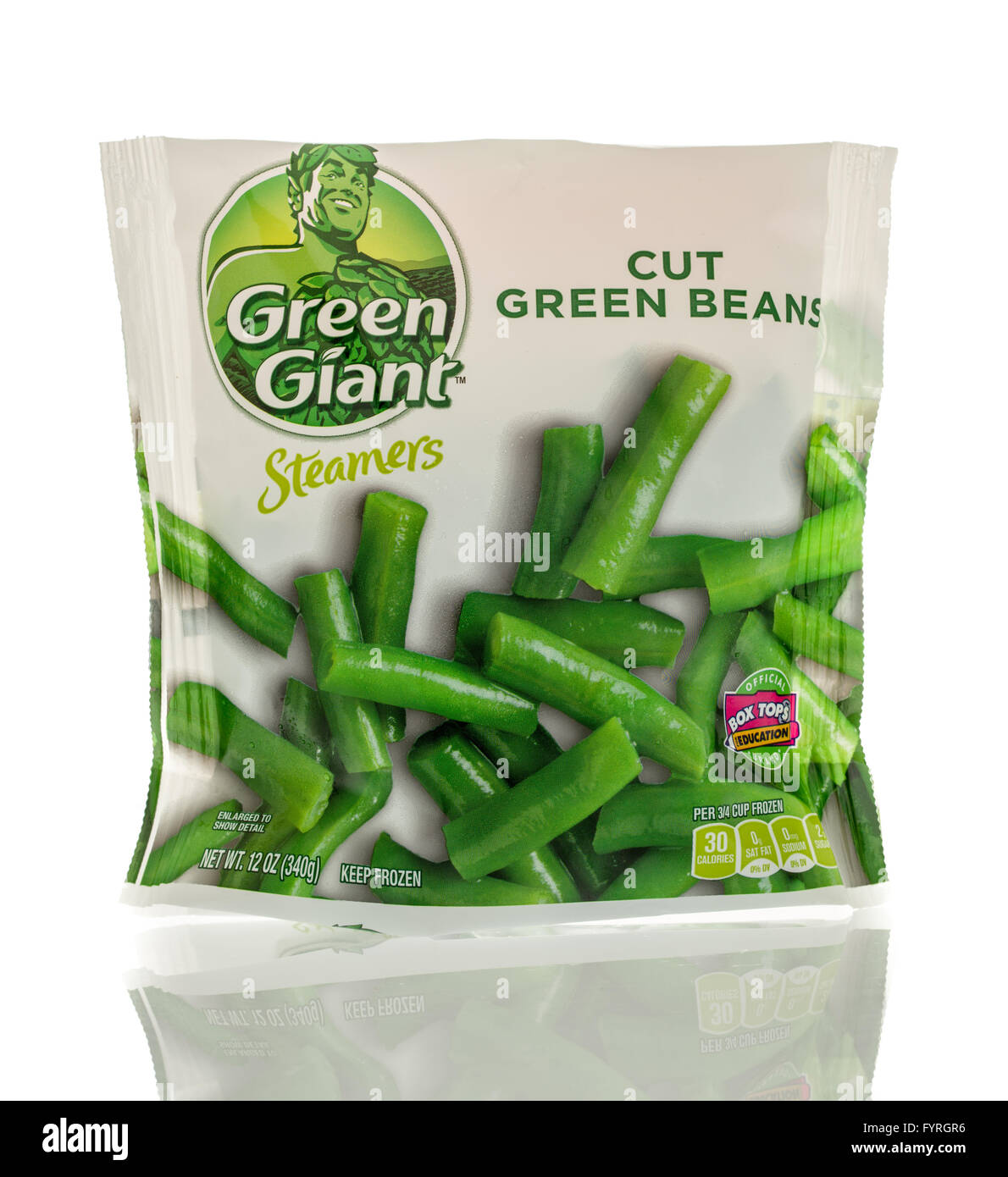 Winneconne, WI - 13 March 2016: A bag of Green Giant cut green beans - Stock Image