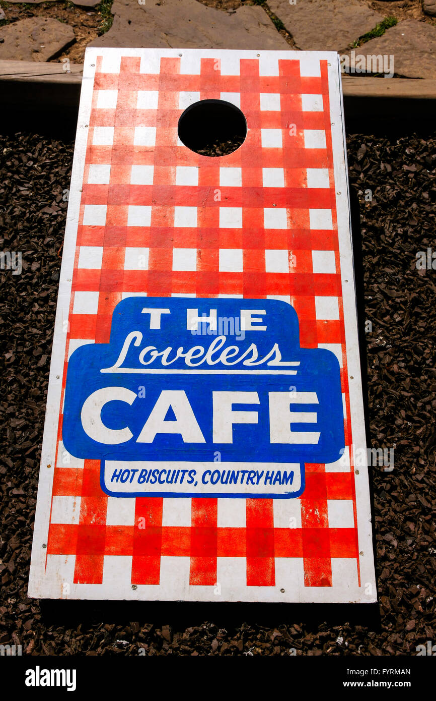 Corn hole tossing game at the Loveless Cafe in Nashville, TN - Stock Image