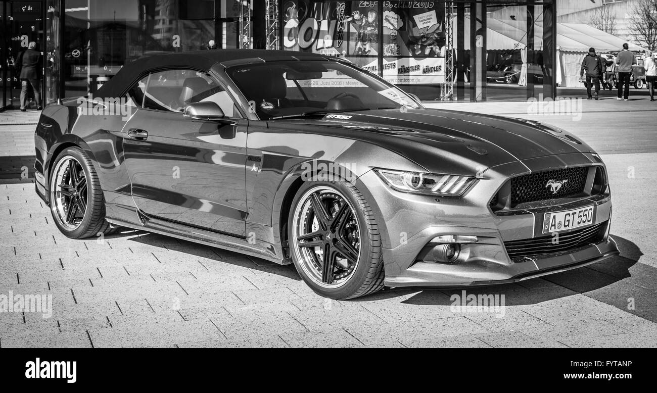Muscle Car Black And White Stock Photos Images Alamy 2015 Ford Mustang Sketches Gt 550 Aero Edition 2016 Image