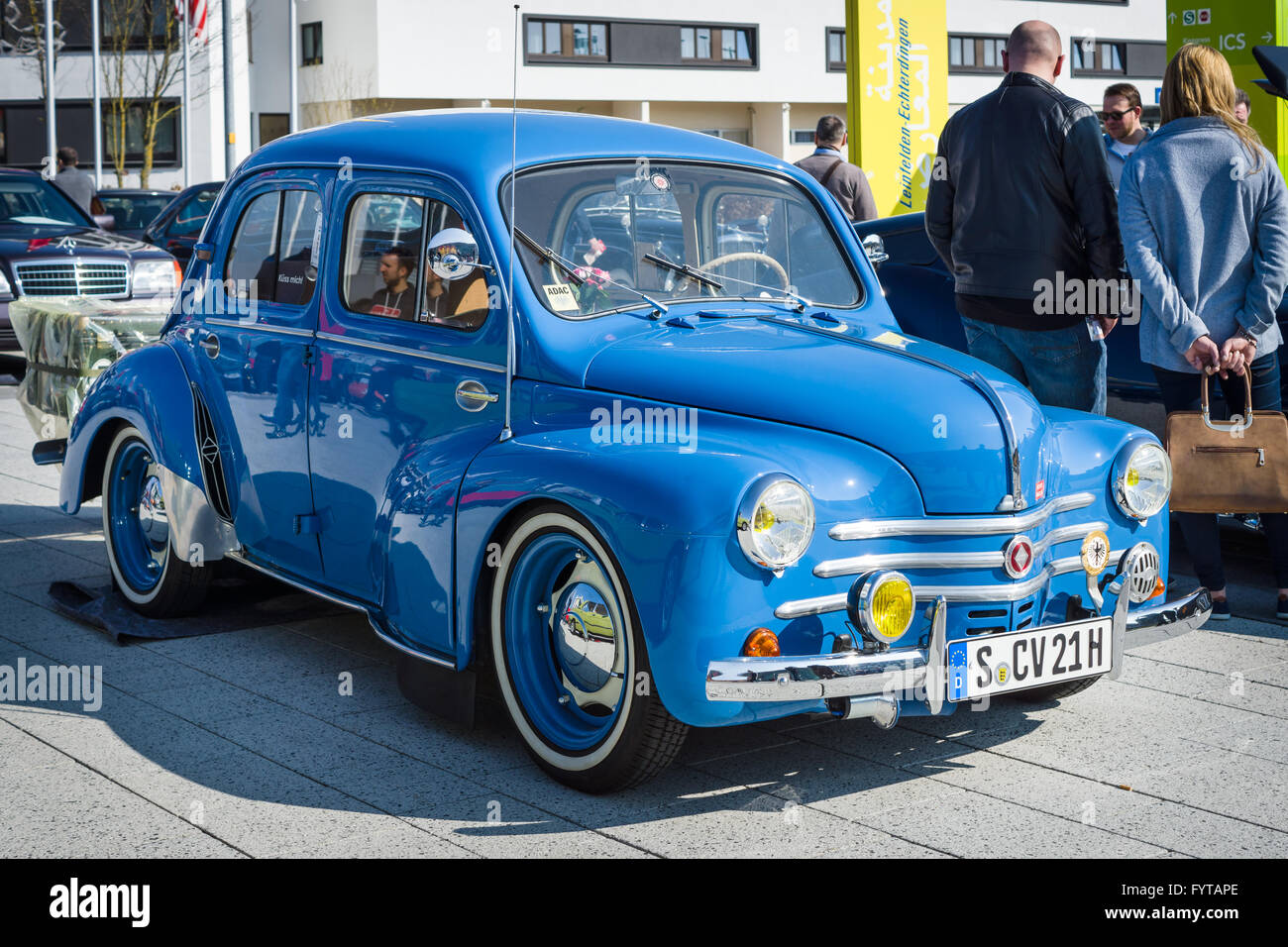 renault 4cv stock photos renault 4cv stock images alamy. Black Bedroom Furniture Sets. Home Design Ideas