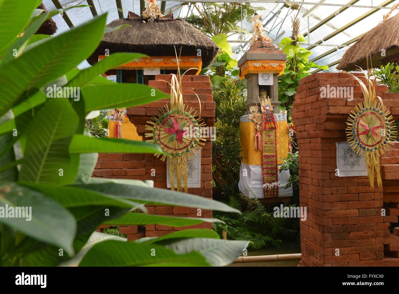 Balinese Garden Stock Photos & Balinese Garden Stock Images - Alamy
